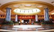 Ghé thăm Casino 5 sao lớn nhất Châu Á trên đảo Sentosa Singapore