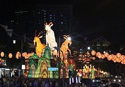 Khu phố người hoa ở Singapore tràn ngập không khí tết 2015