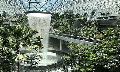 Sân bay tỷ đô Jewel Changi Singapore