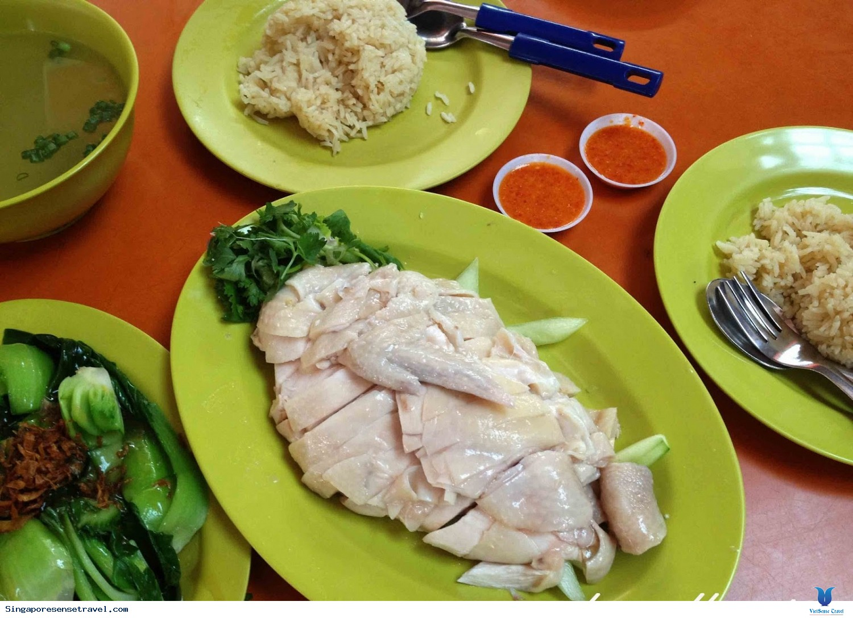 Địa chỉ thưởng thức cơm gà Hải Nam đúng điệu