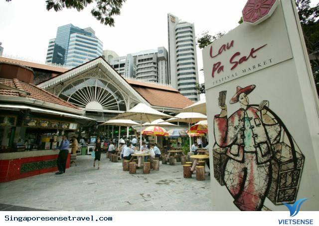 Lạc lối ở khu ẩm thực Lau Pa Sat