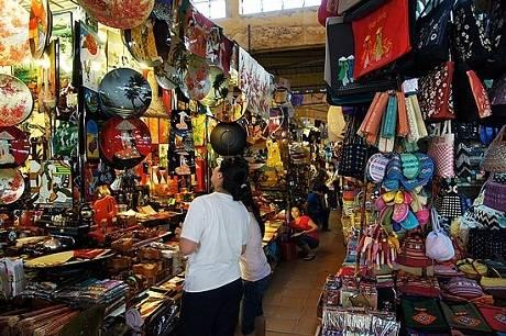 Những khu chợ trời nổi tiếng của Singapore